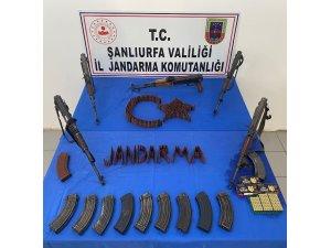 Şanlıurfa'da 5 kalaşnikof tüfek ele geçirildi
