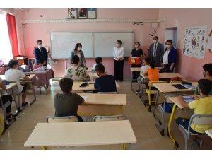 Yenipazar'da İlköğretim Haftası kutlandı