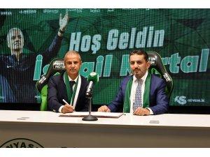 Konyaspor, İsmail Kartal ile sözleşme imzaladı