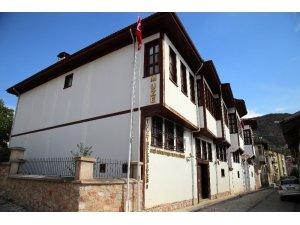 Gazi Osman Paşa Müzesi ziyaretçilerini ağırlıyor