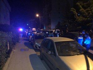 Ankara'da kavga ettiği ailesinin evini kundakladı