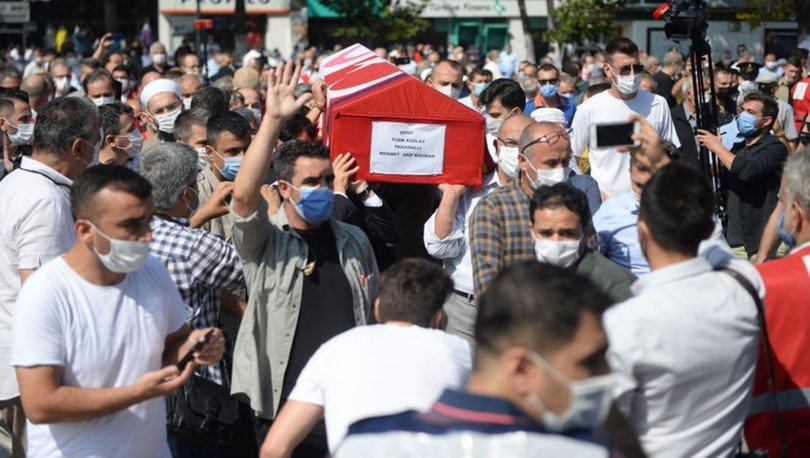 Suriye'de şehit olan Türk Kızılay personeli Arif Kıdıman son yolculuğuna uğurlandı