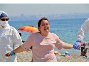 """Karantinayı deldi, sahilde """"ölmek istemiyorum"""" diye bağırıp ortalığı birbirine kattı"""
