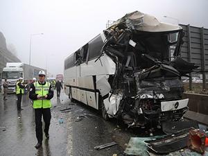Otobüs, tır, tanker, kamyonet ve otomobil birbirine girdi