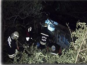 AK Parti'nin seçim konvoyunda kaza: 1 ölü 2 yaralı