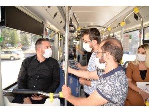 Başkan Çetin otobüsle seyahat eden vatandaşları korona virüse karşı uyardı