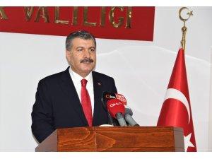 """Sağlık Bakanı Koca: """"İzmir'in ülke çapında salgın kontrolü adına kritik bir yeri var"""""""