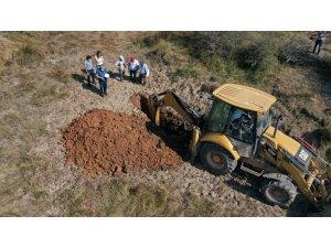 Mera alanın sulanmasında düşünülen gölet yapımına başlanıldı