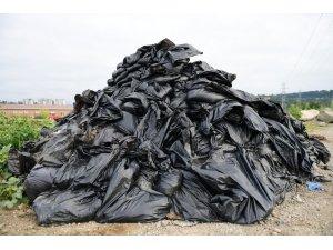 Mazgallardan çıkan çöp ve molozlar şaşırttı