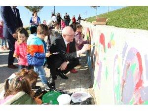 Odunpazarı'ndan ihtiyaç sahibi çocukların eğitimine destek