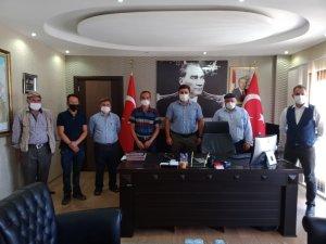 Buharkent'te çilek üreticilerine destek