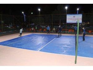 Simav'da ayak tenisi turnuvası