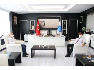 Rektör Karacoşkun İl Müdürü Bahattin Yetim ile bir araya geldi