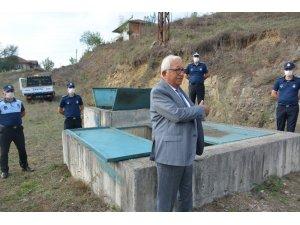 Posbıyık vantuza kilit vurup suyu koruma altına aldı