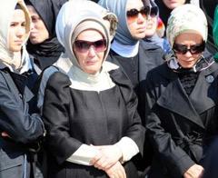 Erdoğan'ın kızları da dilekçe verdi