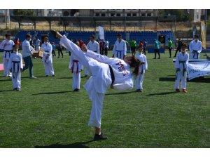 Avrupa Spor Haftası etkinliği açılışı ilgi gördü
