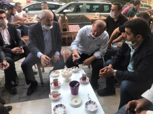 Başkan Büyükgöz'den esnaflarla çay sohbeti
