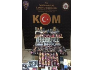 Samsun'da kaçak parfüm ve saat ele geçti