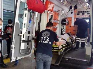 Eşini tüfekle yaralayan koca Tuğrul B. bir otomobille kayıplara karıştı.