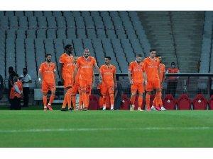 Süper Lig: Fatih Karagümrük: 0 - Medipol Başakşehir: 0 (Maç devam ediyor)