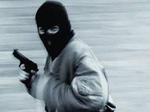 Maltepe'de silahlı ve maskeli soygun