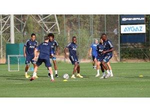 Fenerbahçe derbi hazırlıklarını tamamladı