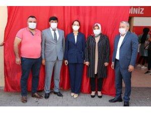 AK Parti Karaisalı Kadın Kolları Başkanlığına Özge Özcan seçildi