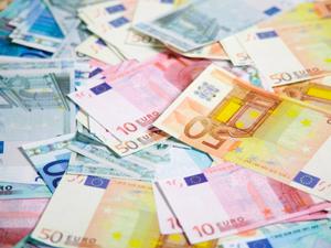 650 bin Euro'luk vatandaşlığa Türk akını