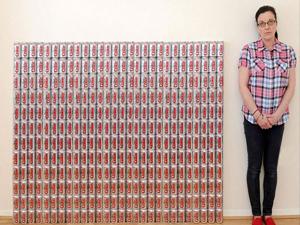 Günde 50 kutu kola içiyor