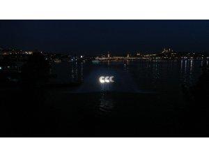 Preveze Deniz Zaferi'nin yıl dönümünde Haliç'te hologram gösterisi