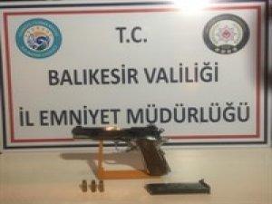 Balıkesir'de 3 silah yakalandı