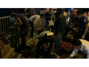 Şanlıurfa'da trafik kazası: Hafif ticari aracın çarptığı motosiklet sürücüsü ağır yaralandı