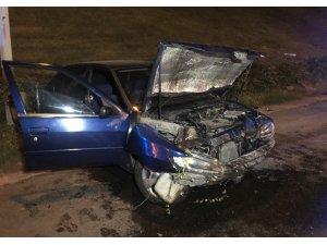 TEM Otoyolu'nda kadın sürücü kaza yaptı: 2 yaralı