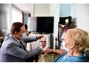 Başkan Orkan yaşlıları unutmadı
