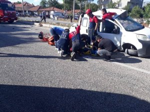 Kazada ağır yaralanan 22 yaşındaki genç hayatını kaybetti
