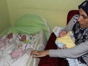 Kız bebek beklerken üçüz erkekleri oldu