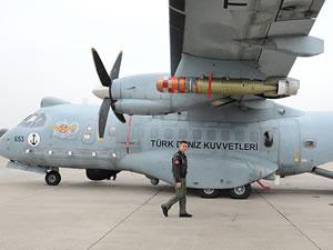 Deniz karakol uçakları hünerlerini sergiledi