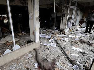 Pakistan'da adliyeye intihar saldırısı