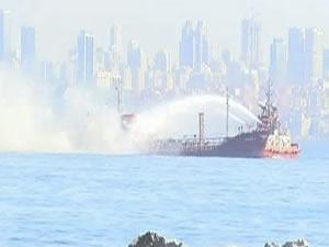 Yenikapı açıklarındaki gemide yangın