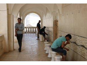 Düzensiz göçmenlerin umut yolculuğu Diyarbakır'da son buldu