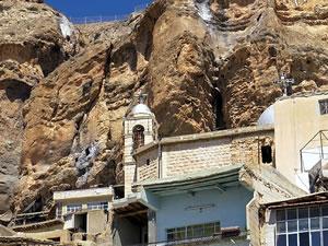 Şam'da kaçırılan rahibeler serbest bırakıldı