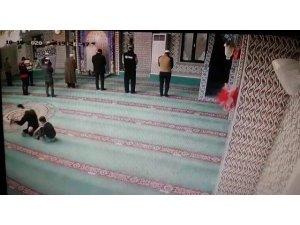 Cami içerisindeki takla görüntüleri ile gülümseten olan baba ve oğul konuştu