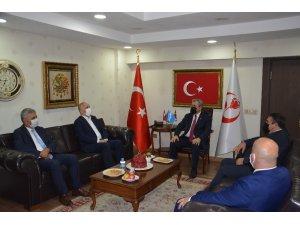 Türk-İş'den Destici'ye hayırlı olsun ziyareti