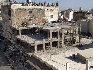 İnşaat halindeki binanın yıkımında sona doğru