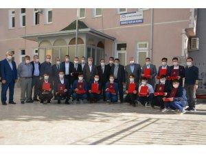 17 öğrenci hafızlık kervanına katıldı