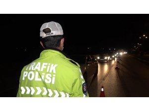 Kırıkkale'deki kilit kavşakta trafik yoğunluğu