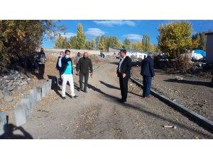 Akyaka'da mahalle araları yollar yapılıyor
