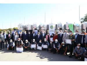 Gaziantep'te süt üreticisine 300 litrelik süt soğutma tankı