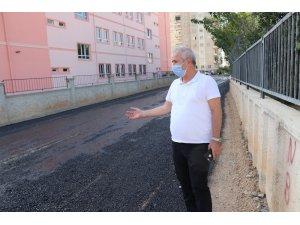 Kozan'da asfalt çalışması