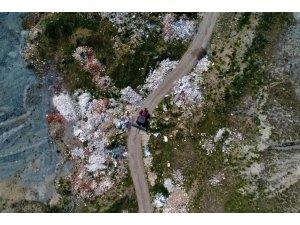 Tarım arazileri adım adım moloz ve hafriyat çöplüğüne dönüşüyor